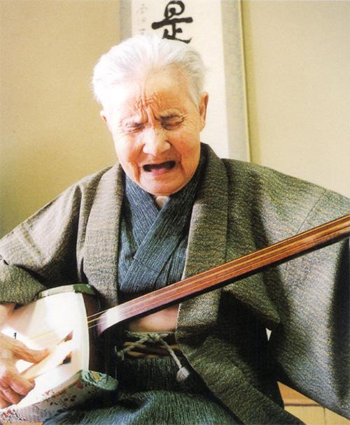 長岡瞽女小林ハルさんについて 越後ごぜ唄と津軽三味線